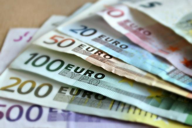 Евро может заменить доллар на территории РФ